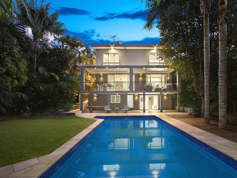weekend property wrap