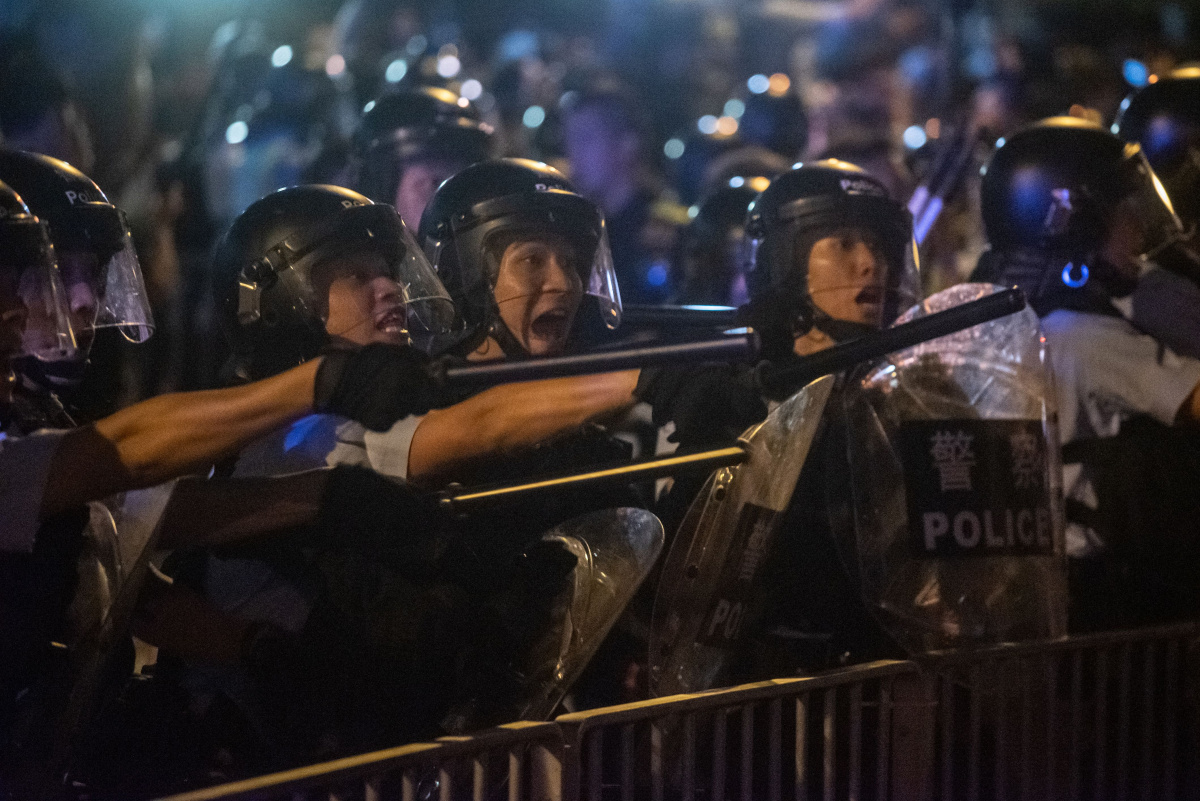 Hong Kong protests over proposal to send suspects to Chinese mainland