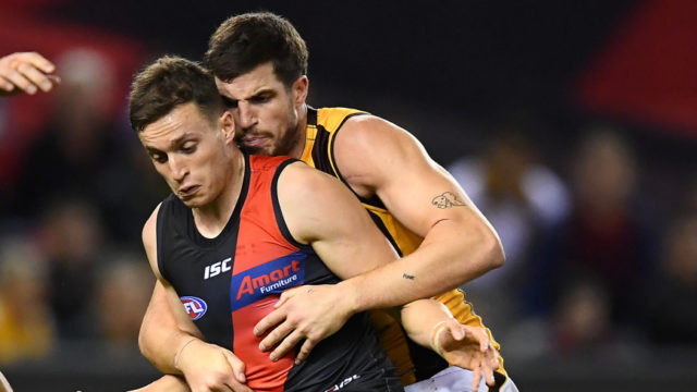 AFL: Western Bulldogs beat brave Blues in a three-point thriller