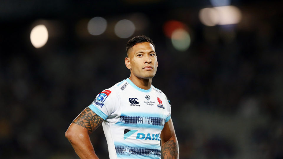 Australian players have thrown their support behind Israel Folau.