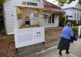 house prices sydney melbourne
