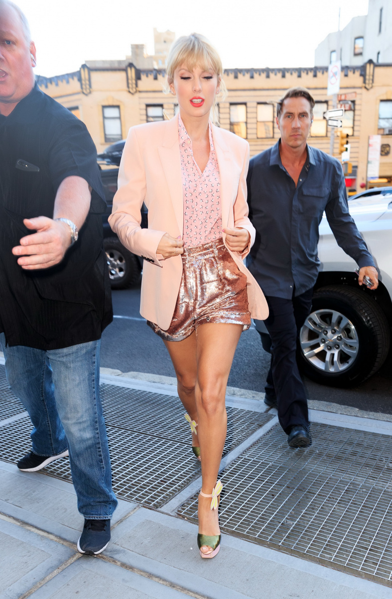 Taylor Swift June 14