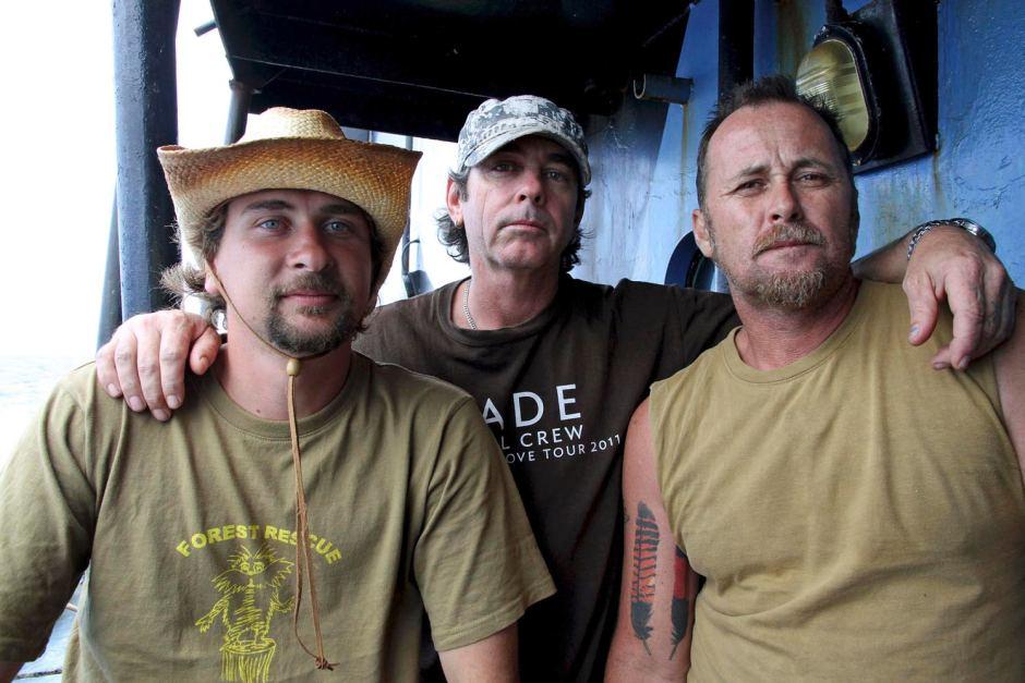Glen Pendlebury, Geoffrey Tuxworth and Simon Peterffy. Photo: Sea Shepherd