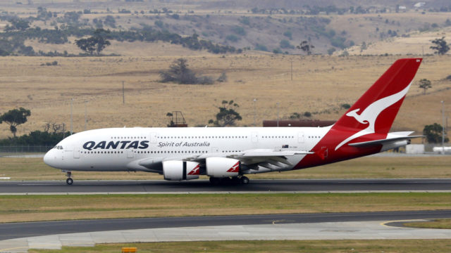 Qantas to investigate 'cracks' in A380 wings