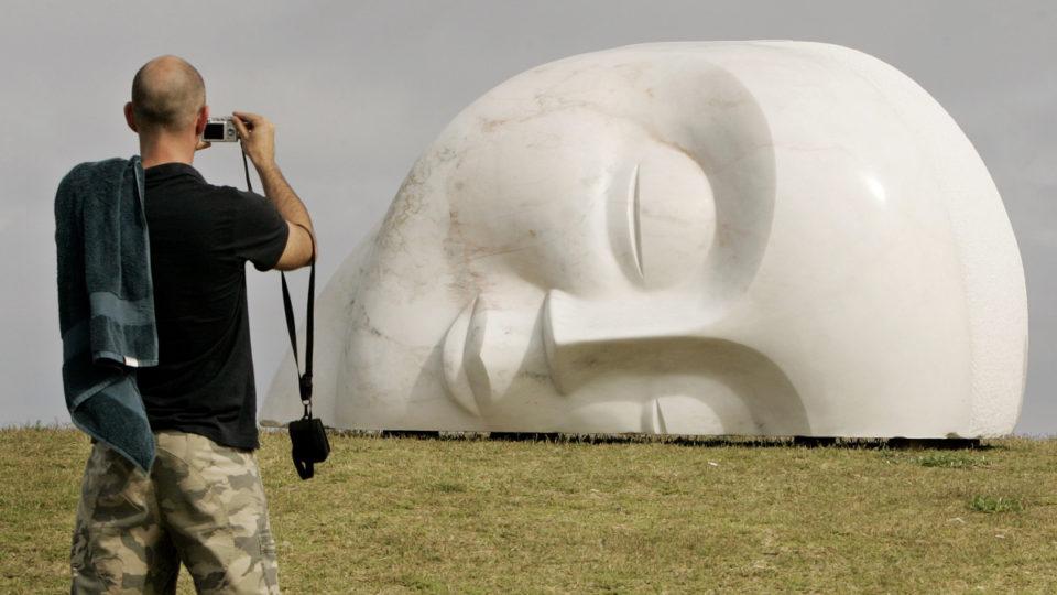 sculpture sea bondi