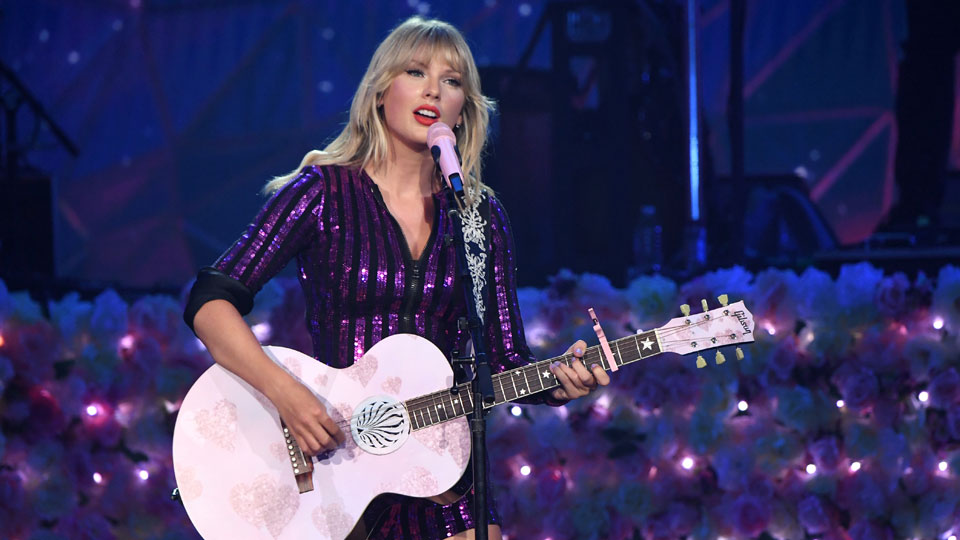 Taylor Swift July 10