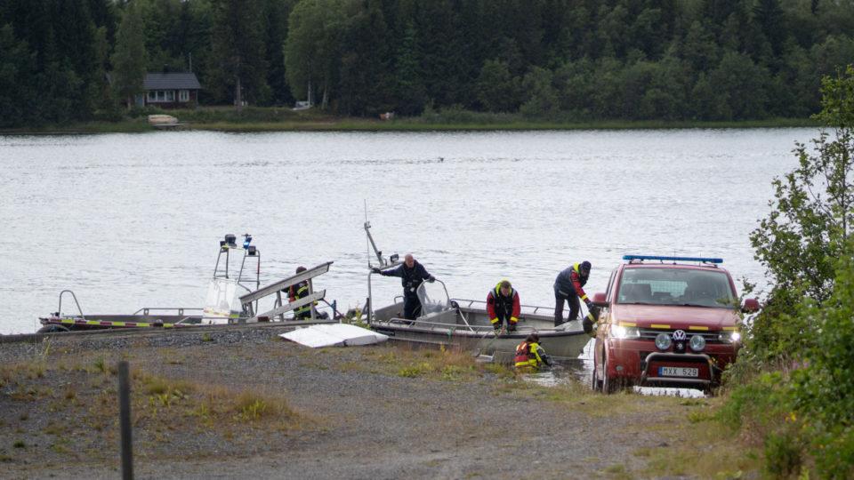 sweden parachute accident