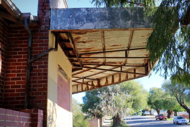 Derelict deli in East Victoria Park