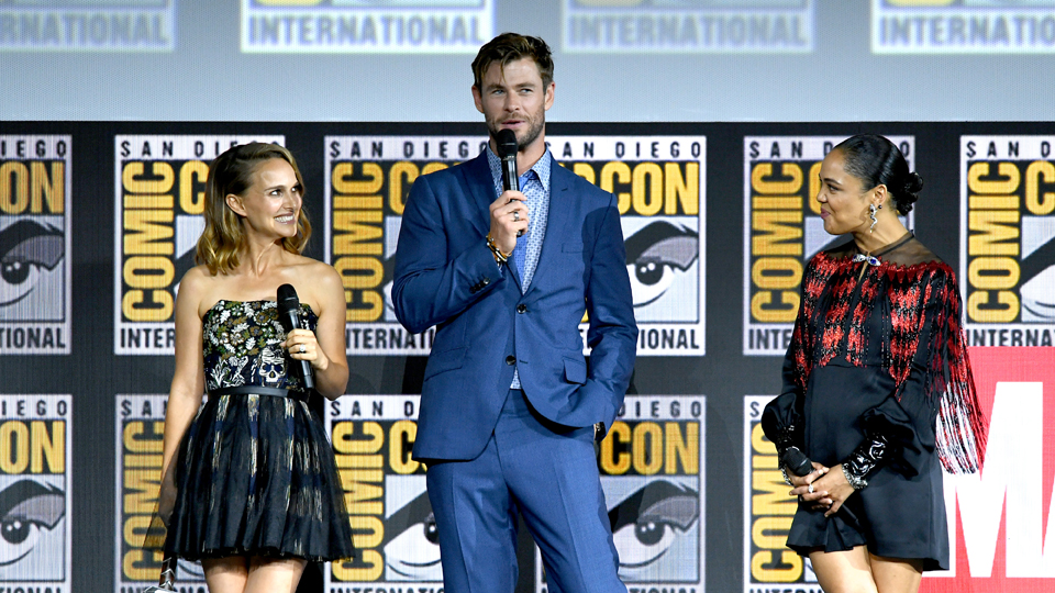Natalie Portman Chris Hemsworth Tessa Thompson