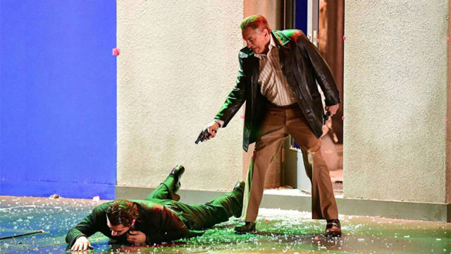 The Irishman trailer uses movie magic to take Robert De Niro back to his prime