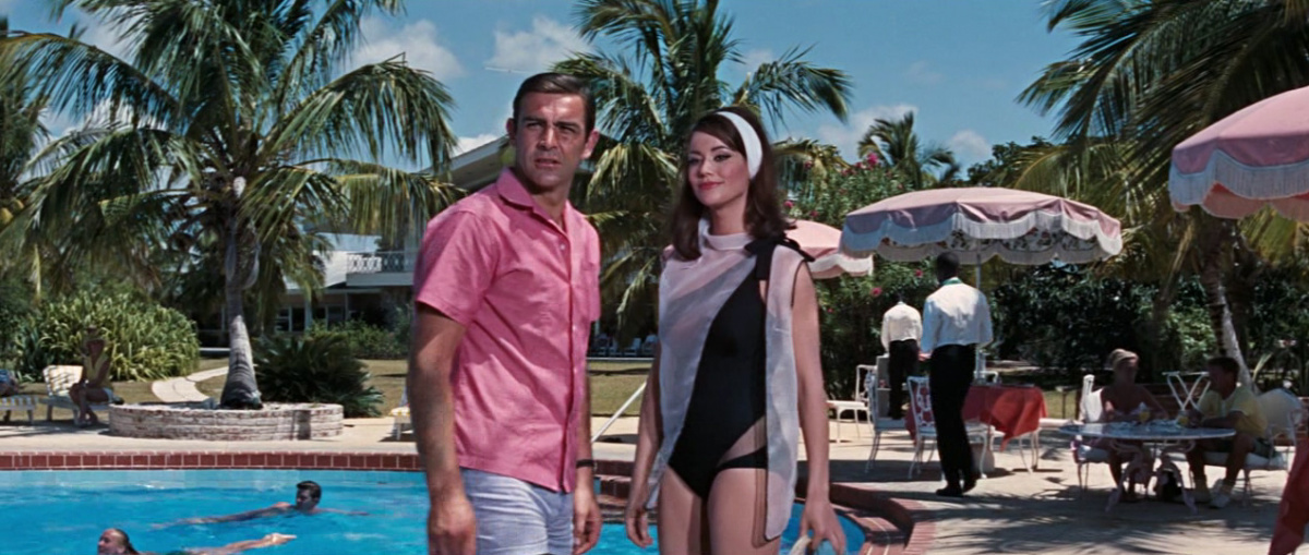 Sean Connery Claudine Auger Thunderball