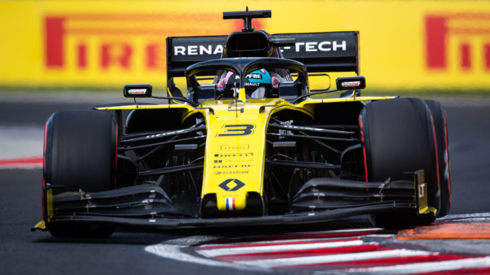 F1: Another Ricciardo disaster as former teammate gets pole | The