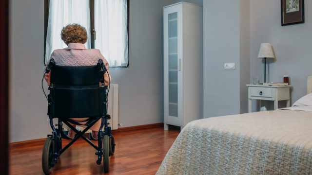 Questions raised over survey's dire predictions of aged-care employment