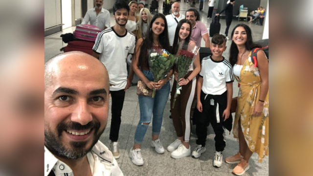 Syrian refugees reunite with family in Italy after bureaucratic bungle