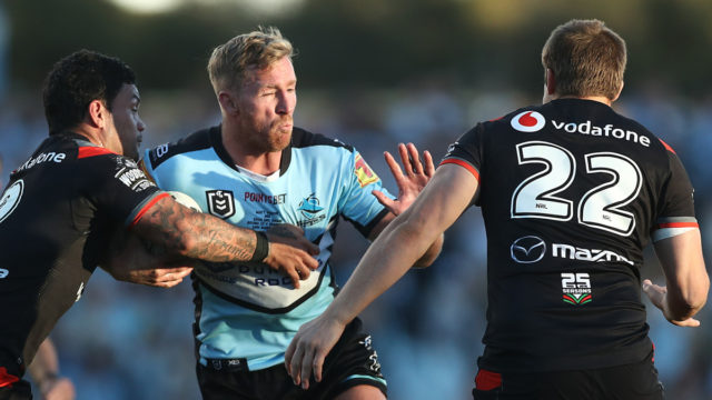 NRL: Cronulla ends Warriors' finals hopes with a thrashing