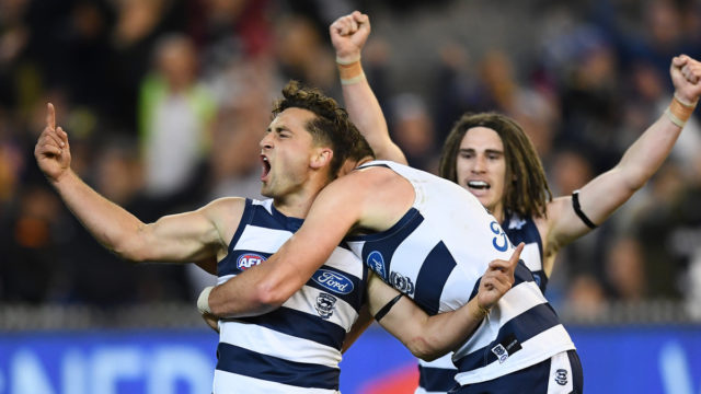 AFL: Cats back their coach and get flag hopes back on track