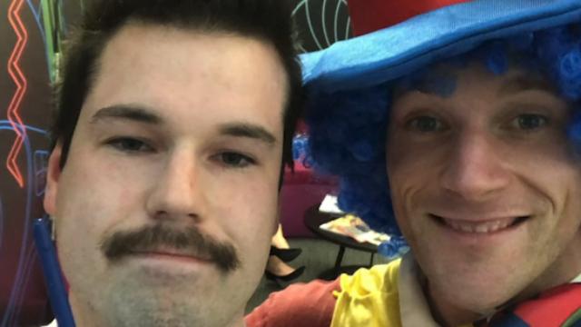 NZ man brings clown to redundancy meeting