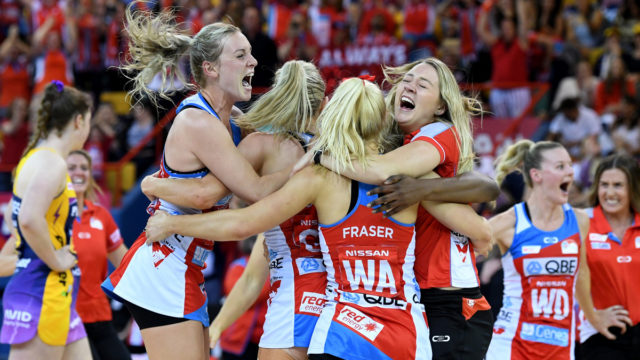 Super Netball: NSW Swifts shock Sunshine Coast Lightning to win grand final