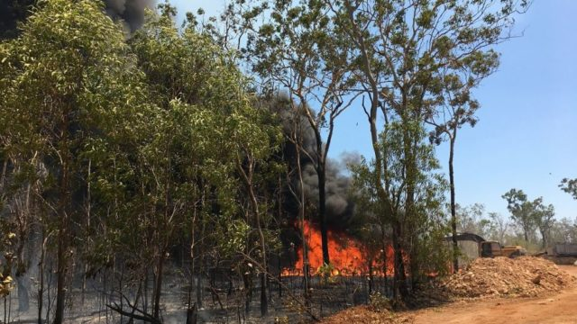 Bushfires threaten dozens of properties south of Darwin