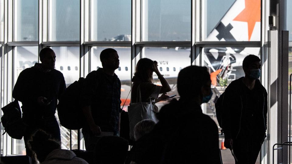victoria travel covid