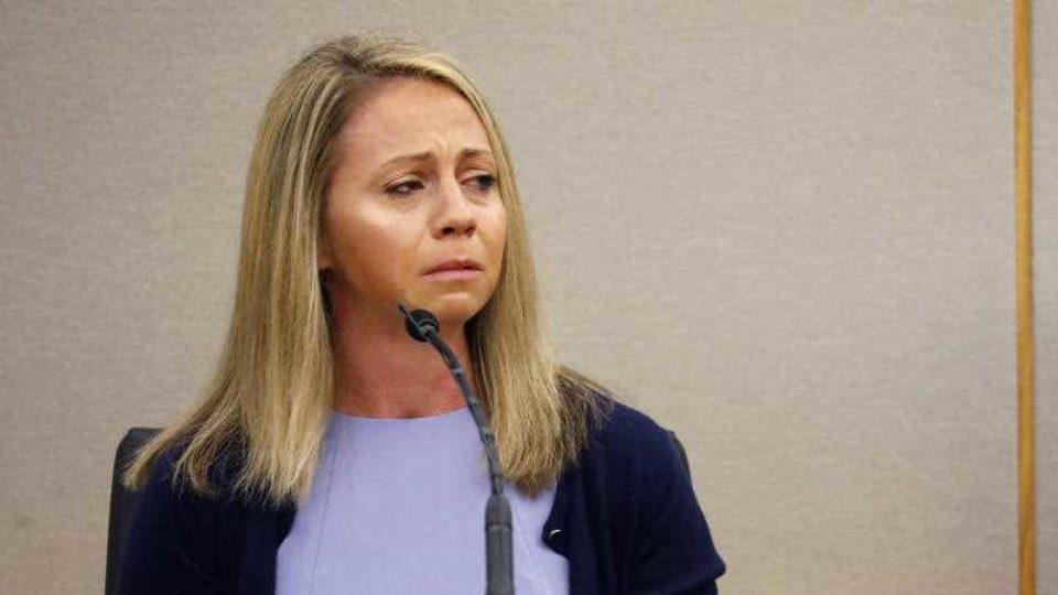 Amber Guyger weeps while testifying.