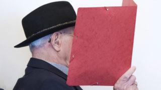 former nazi guard murder trial