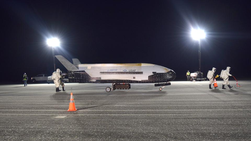 space plane land florida