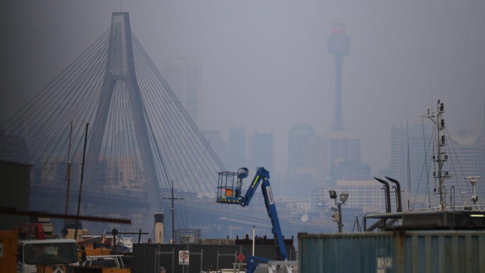 More haze for Sydney as fire danger builds across south ...
