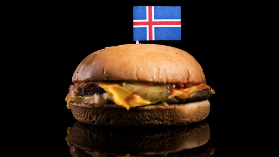 cheeseburger-iceland-10-years
