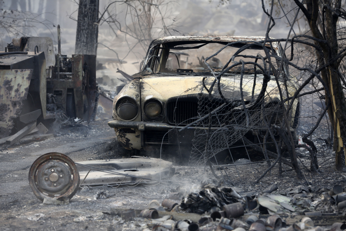 Bushfire victims want Australia to know they are 'suffering from climate change'_2
