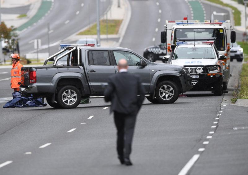 Hunt for highway hitmen after Melbourne father murdered in hail of bullets on Eastlink_1