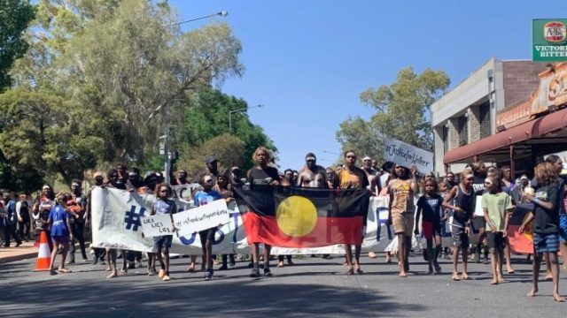 Thousands march in Alice Springs to protest fatal police shooting