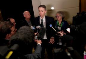 Harvey Norman boss Gerry Harvey lashes 'agitators' at heated AGM_1