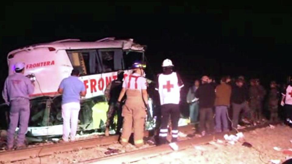 mexico-bus-crash