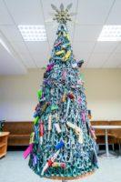 contraband-christmas-tree