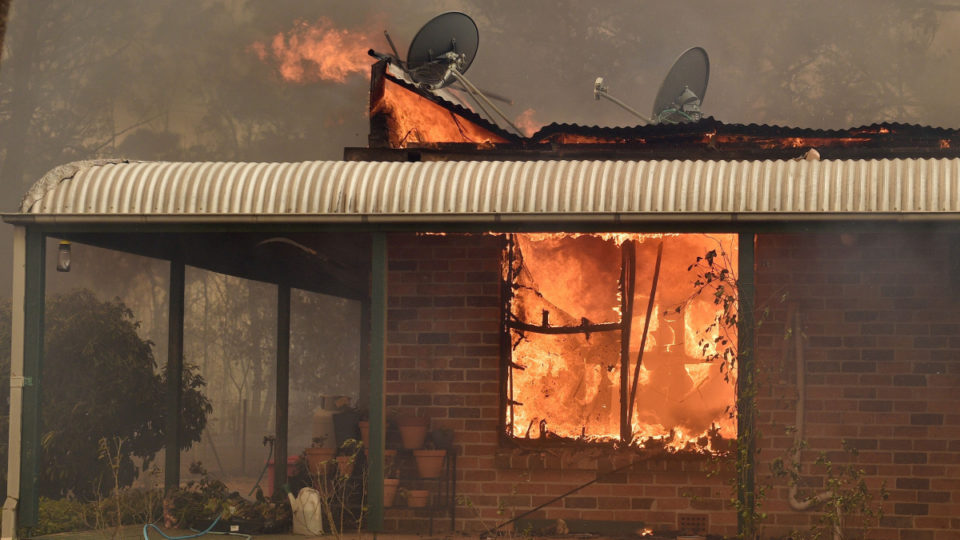 balmoral fires houses lost