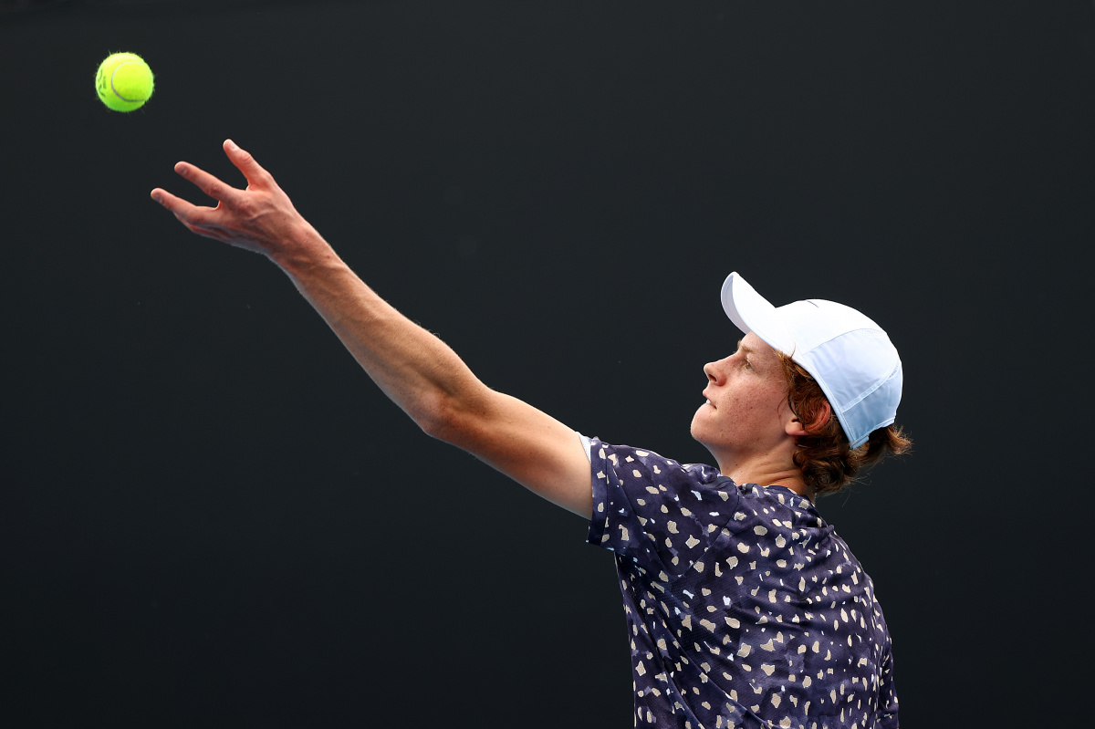 Australian Open: Jannik Sinner succumbs to gusts and great expectations_2