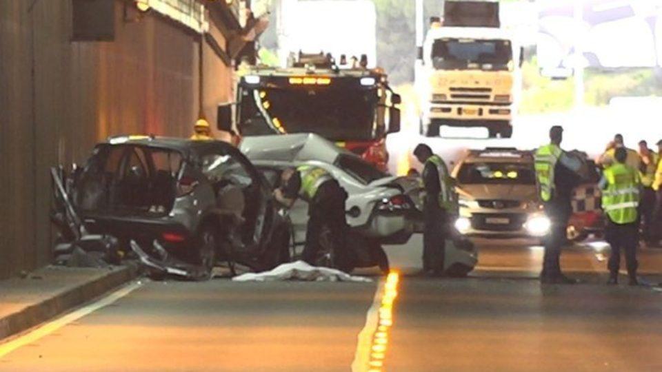 sydney airport tunnel crash