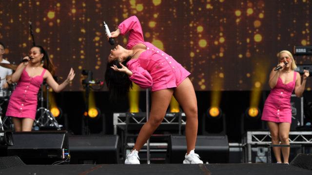 Queen leads array of stars as Australia rocks'n'rolls to raise money for bushfire crisis