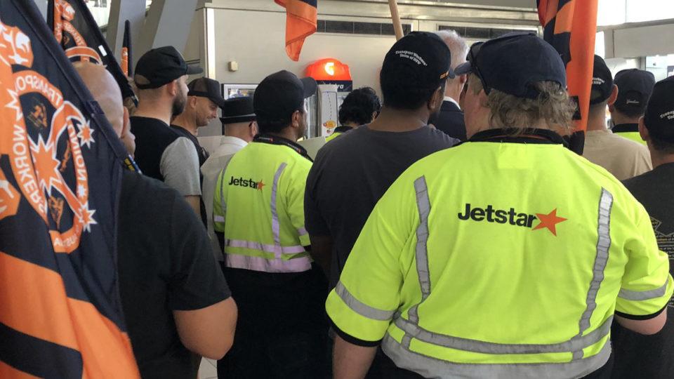 jetstar cancellations strike