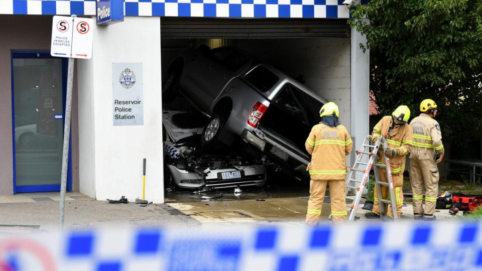 car melbourne police station