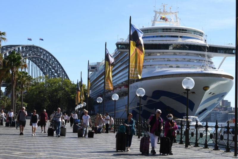 coronavirus cruise ship fatality