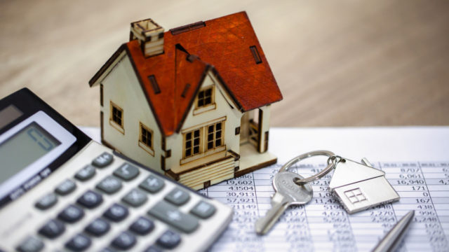 Interest rates are now at historic lows, prompting calls for long-term home owners to consider refinancing.