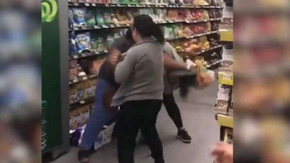 toilet-paper=brawl