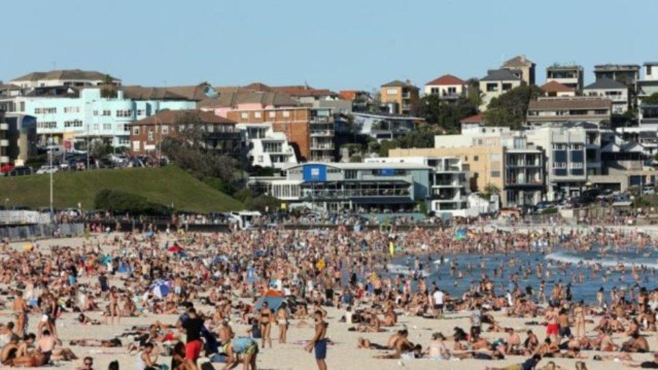 A crowded Bondi Beach