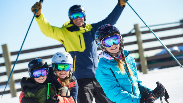 There will be smaller groups and new restrictions, but Australia's ski resorts will open this winter.