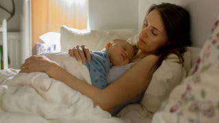 Mothers breastfeed rates