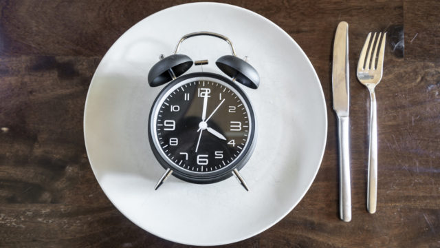Fasting diets: Study proves restricting eating to six-hour daily window really works