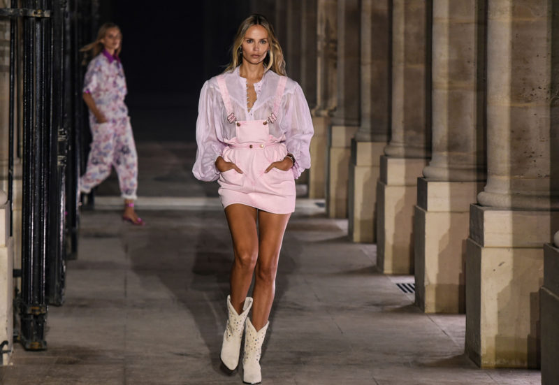 Russian model Natasha Poly walks in Isabel Marant's Womenswear Spring Summer 2021 show at Fashion Week in Paris on October 01, 2020.