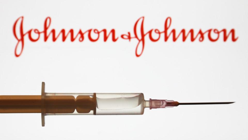 johnson covid trial vaccine halt